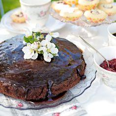 Underbar chokladkaka med härlig chokladglasyr med smak av mint och havssalt