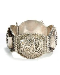 Algeria | Hinged silver bracelet; two plates show  traces of niello | ca. early 20th century | 280€ ~ sold (May '14)