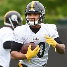 Steelers running back James Conner carries the ball during drills at rookie camp Friday, May at the Rooney Sports Complex on the South Side. Pittsburgh Steelers, Nfl Steelers, Panthers Football, Here We Go Steelers, Benefits Of Running, Sports Complex, Steeler Nation, Knee Injury, Running Back
