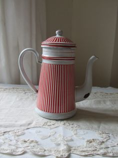 Vintage French country enamel coffee pot -   in fabulous vintage condition.. $124.00, via Etsy.