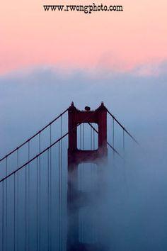 Golden Gate Bridge Twilight Fog / www.rwongphoto.com
