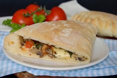 Gyro Pita, Calzone, Tacos, Pizza, Cheese, Meat, Chicken, Ethnic Recipes, Food