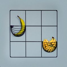 Banana Basket | Black metal wire grid by Wallment | Nordic Design | wall object storage
