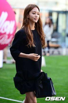 Klip - Han Ye-Seul Keyeast Entertainment