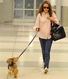 Natalie Portman with her dog Cooper.There at the hospital to check on Hayden.Cuz he has porblems.Afterwards she was gonna go to Mc.Donalds.