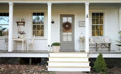 Farmhouse porch decor ideas (12)