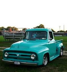 Ford : F-100 STEPSIDE 1953 FORD F-100 SHOW TRUCK - http://www.legendaryfinds.com/ford-f-100-stepside-1953-ford-f-100-show-truck/