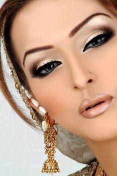 Sexy Arabic Makeup