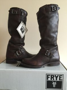Frye Veronica Slouch Distressed Sz 7 In Dark Brown New In Box Boots. Get the…