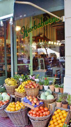 Hierbabuena | San Telmo, Buenos Aires http://www.guiaoleo.com.ar/restaurantes/Hierbabuena-9582