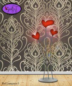 Lamparas de forja http://virginiart.es en forma de corazón. Esta original lámpara está fabricada en hierro y plástico.  Diseñamos y realizamos muebles en forja y metal.