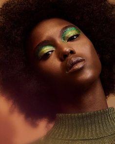 "midnight-charm: "" Alima Fofana photographed by Olivia Malone Hair: Wesley O'Meara Makeup: Kali Kennedy "" Skin Makeup, Beauty Makeup, Hair Beauty, Makeup Inspo, Makeup Inspiration, Makeup Ideas, Fashion Inspiration, Curly Hair Styles, Natural Hair Styles"