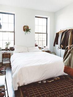 紐約藝文情侶 Tucker & Adam 的 14 坪輕工業風公寓 - DECOmyplace 新聞