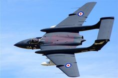 The de Havilland Sea Vixen was a twin engine British fighter aircraft from the time of. Military Jets, Military Aircraft, Fighter Aircraft, Fighter Jets, Reactor, Engin, Aircraft Photos, Aircraft Design, Jet Plane