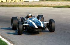 1966 Italian GP (Jochen Rindt) Cooper T81 - Maserati. Aston Martin, Classic Race Cars, Classic Auto, Jochen Rindt, Italian Grand Prix, Gilles Villeneuve, Race Engines, F1 Racing, Modified Cars