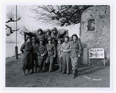 Photograph of the First Army Nurses to Cross the Rhine River with the U. Army Field Hospital, (US National Archives) Flight Nurse, Vintage Nurse, Waves, Military Women, National Archives, Women In History, Us Army, World War Ii, American History