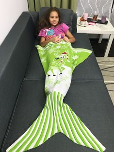 Blankets & Throws   Green Snows and Santa Claus Pattern Knitting Christmas Mermaid Blanket - Gamiss