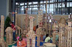 Taller de construcciones kapla Construction For Kids, Block Play, Classroom Inspiration, Preschool, Tower, Challenges, Children, Kid Art, Preschools