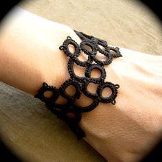 Bracelet Tatting