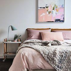 Charming bedroom tre