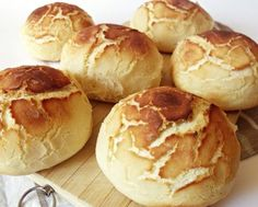 Tigris zsömle Bread Recipes, Cake Recipes, Bread Dough Recipe, Hungarian Recipes, Challah, Bread Rolls, Soul Food, Food To Make, Food And Drink