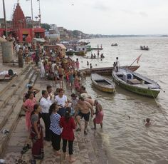Wanna be eco but need a morning shower? Come to river Ganges but you can't use soap though #thinkgreen  #ecofriendly  #NoSoapAllowed #MagnificentGanges  #AmazingIndia