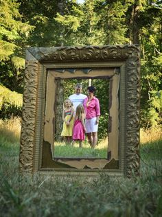 family photo shoot ideas: old frame by clcudmore