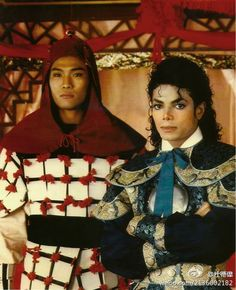 Hong Kong singer Alex To took photo with Michael Jackson in 1987 Michael Jackson Photoshoot, Michael Jackson Quotes, Photos Of Michael Jackson, Michael Jackson Bad Era, Bad Michael, Day For Night, Beautiful Person, Lady And Gentlemen, Hong Kong