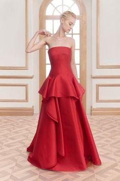 Vestidos de fiesta rojos 2016: Un look de invitada perfecto Image: 10