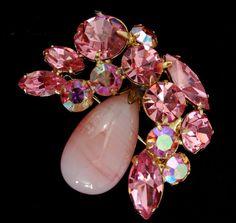Vintage Regency Brooch by Vintageimagine #Art Glass #Pink Rhinestones #Feminine