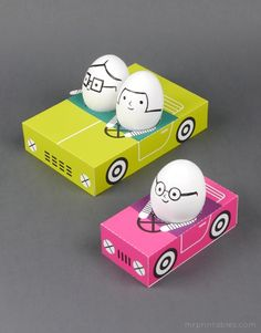 Egg People On the Road by mrprintables: Free template for downloading #Easter #Crafts #Easter_Egg_Car #Free_Download