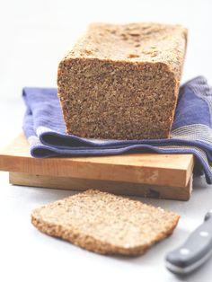 Brot_Saftiges-Vollkornbrot_MoeysKitchen