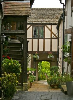 A Winchcombe courtyard in the Cotswolds, England