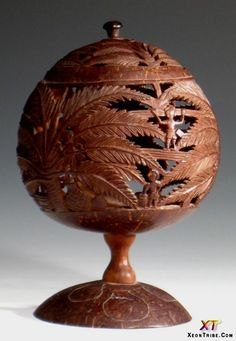 Coconut+Shell+Leaf+Sculpture | Wonderful Coconut Carving Art (5)