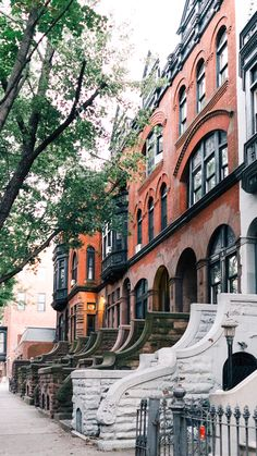Brooklyn Neighborhoods: With historic brownstones on tree-lined avenues, there's a lot to love about Park Slope. Prospect Park Brooklyn, Park Slope Brooklyn, Brooklyn Nyc, New York Brownstone, Brooklyn Brownstone, Brooklyn Neighborhoods, Sims House Design, Nyc Real Estate, The 'burbs