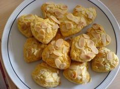 Lepeshki (biscotti russi alle mandorle) by LadyofShalott - Pagina 1