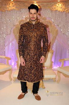 Velvet Maharaja Sherwani with Rear Lateral Motif Indian Wedding Suits Men, Sherwani For Men Wedding, Wedding Dress Men, Indian Bridal Outfits, Indian Designer Outfits, Blue Sherwani, Sherwani Groom, Mens Sherwani, Indian Groom Dress