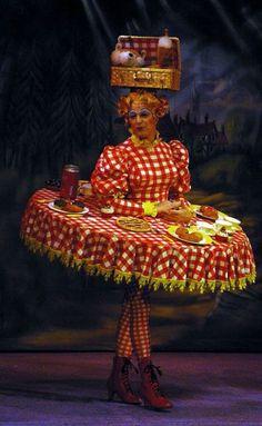 The Gallery - Dames - Nigel Ellacott - - Karneval Kostüm - Carnaval Weird Fashion, Fashion Art, Estilo Club, Carnaval Costume, Mode Bizarre, Halloween Fun, Halloween Costumes, Vichy Rose, Halloween Karneval
