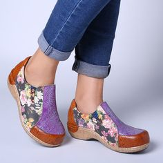 Socofy SOCOFY Retro Veins Splicing Bloom Flowers Stitching Comfortable Slip On Leather Flat Shoes is cheap and comfortable. There are other cheap women flats and loafers online. Low Heel Sandals, Low Heel Shoes, Low Heels, Flat Shoes, Gladiator Sandals, Women's Shoes, Dress Shoes, Loafers Online, Leather Flats