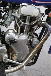 OldMotoDude: Clymer Indian spotted at the 2019 Isle of Vashon TT, Wa. Racing Motorcycles, Vintage Motorcycles, Mens Fashion Magazine, Japanese Motorcycle, Race Engines, Motorcycle Engine, Motorcycle Leather, Classic Bikes, Dirt Bikes