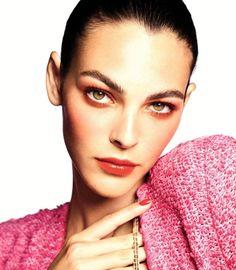 Chanel Beauty, Chanel Makeup, Makeup News, Blush, Chanel Spring, Mauve, Spring Summer, Model, Shiba Inu