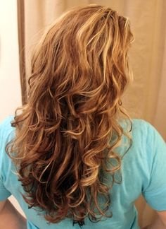 How To Use A Sock To Get Beautiful Curly Hair Without Heat  ~  If you are a mom on the go with long hair you HAVE TO try this.  It will  knock your socks off and have you wrapping your hair up in them - Click image to find more hair & beauty Pinterest pins