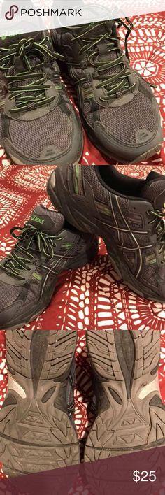 ASICS men's 8.5 women 10.5 Great shoes lots of life left Asics Shoes Athletic Shoes