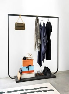 Vitsoe starter collection hanging rails shelving system design dieter rams and storage - Kleiderstangen systeme ...