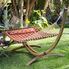 Imagine yourself lounging under the Tuscan sun with this Modern Quilted Hamock with Faux Mahogany Wood-grain Arch Metal Stand. With the warm pattern and q Diy Hammock, Outdoor Hammock, Hammock Swing, Hammock Ideas, Patio Swing, Free Standing Hammock, Double Hammock, Best Hammock With Stand, Lattice Quilt
