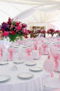 Tischdeko Hochzeit runde Tische