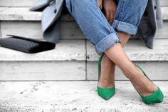 Amei a cor do sapato e o jeito da calça