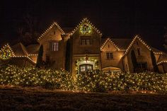Outdoor-Christmas-Lighting-Decor-Dallas---The-Perfect-Light