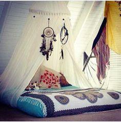 Da até sono ver esse quarto aconchegante