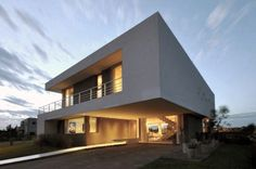Cabo House (2012)  Project, Works Management and Construction    Location Cabos del Lago, Nordelta, Tigre, Buenos Aires, Argentina  Total Area 452 m²